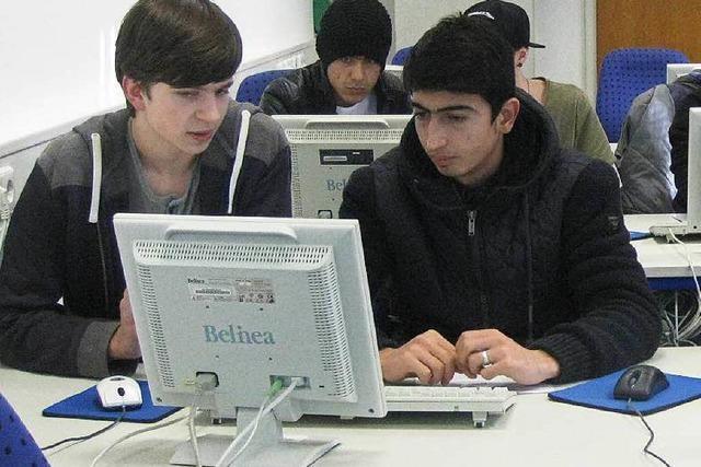 Computerkurs für Flüchtlinge: Mehr als Smartphone