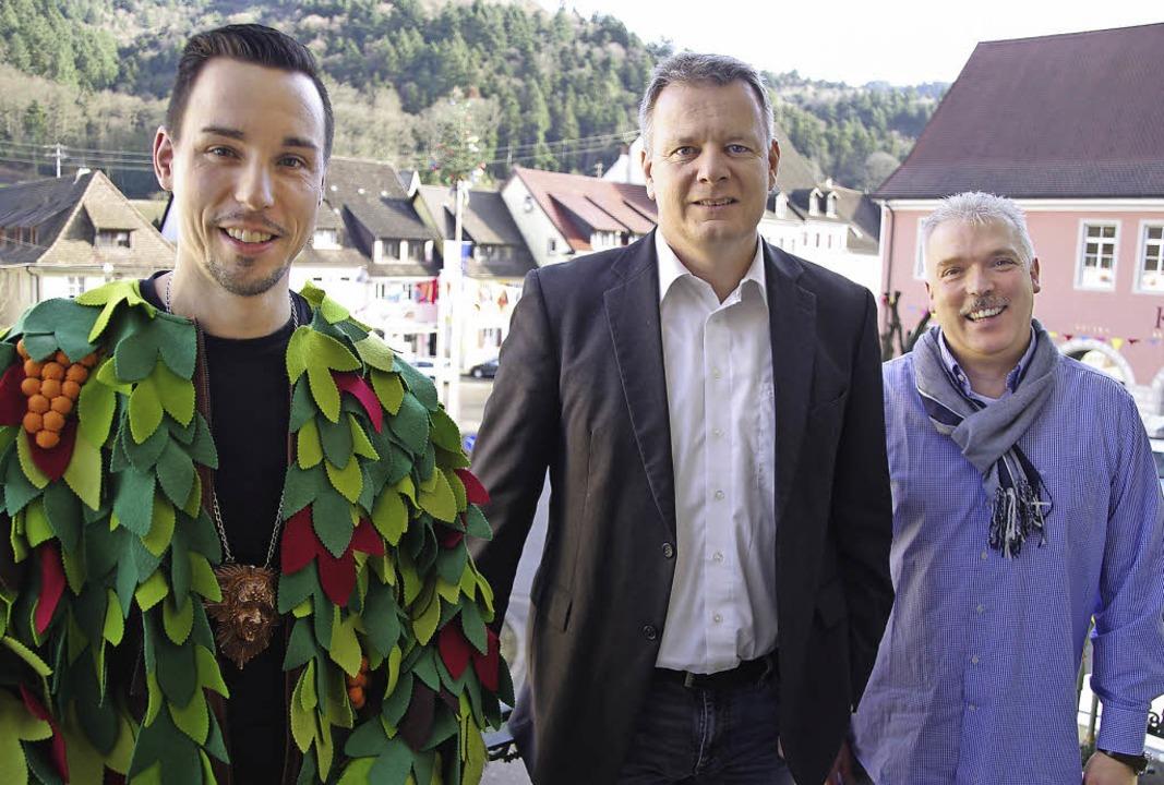 Driebelbisser-Chef Frank Löffler, Bürg... vor dem Burefasnetsumzug in Sulzburg   | Foto: Martin Pfefferle