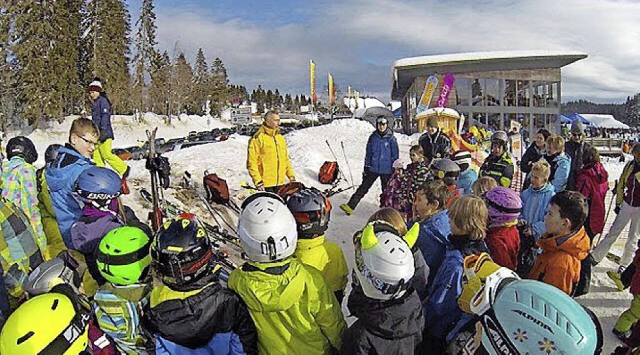 Rund 60 Kinder und Erwachsene nahmen a...r Rundum-Betreuung sehr beliebt sind.   | Foto: Skiclub