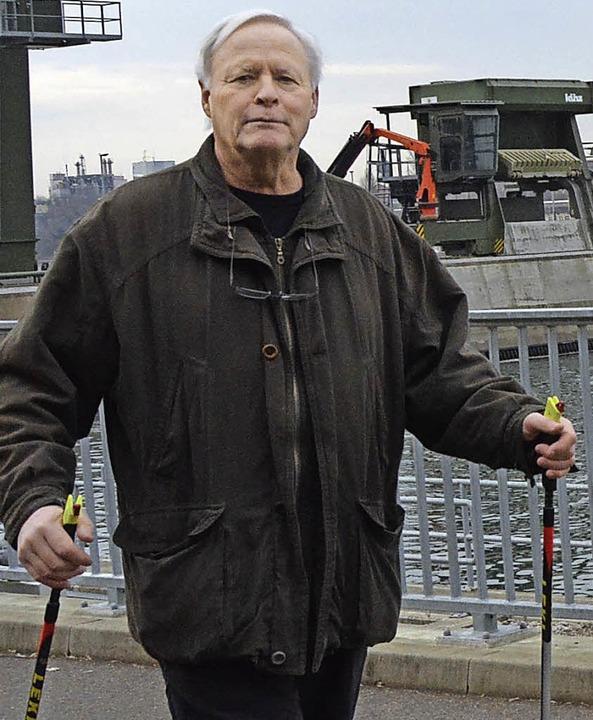 Heinz Henninger ist Ansprechpartner fürs Nordic Walking.  | Foto: Danielle Hirschberger