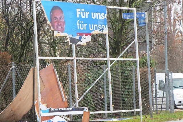 Zoff um zerstörte AfD-Plakate im Kreis Emmendingen
