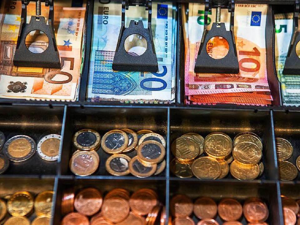 Auslaufmodell Bargeld?     Foto: DPA/UNI Hohenheim