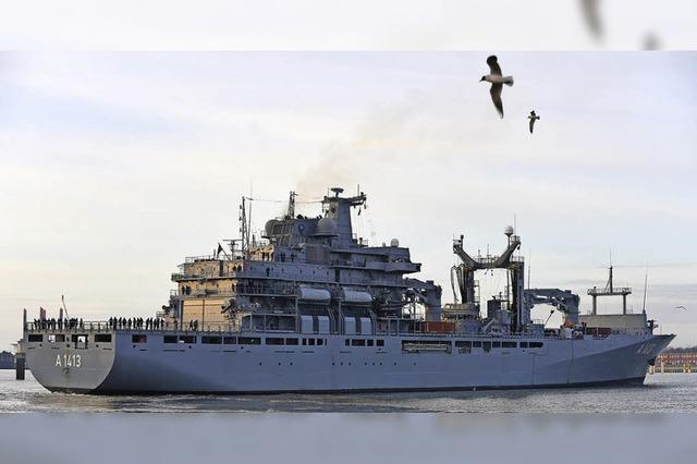 Nato-Schiffe sollen Flüchtlinge in die Türkei bringen