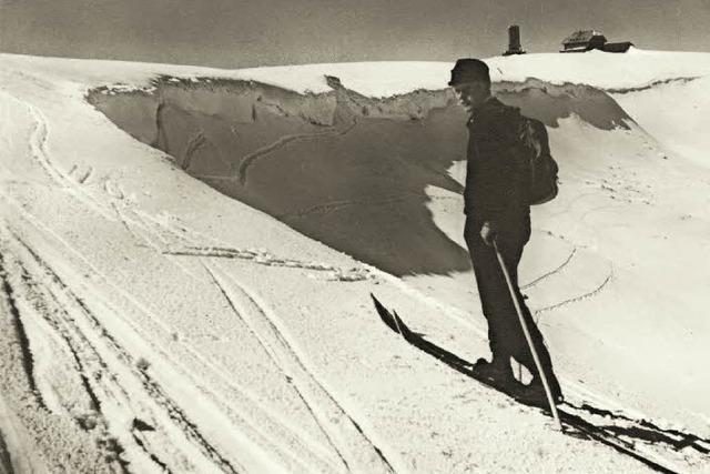 Mit Ski und Stock auf Zeitreise