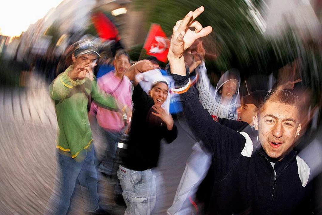 Sie sprechen ihr eigenes Deutsch: junge Migranten in Berlin  | Foto: Arno Burgi