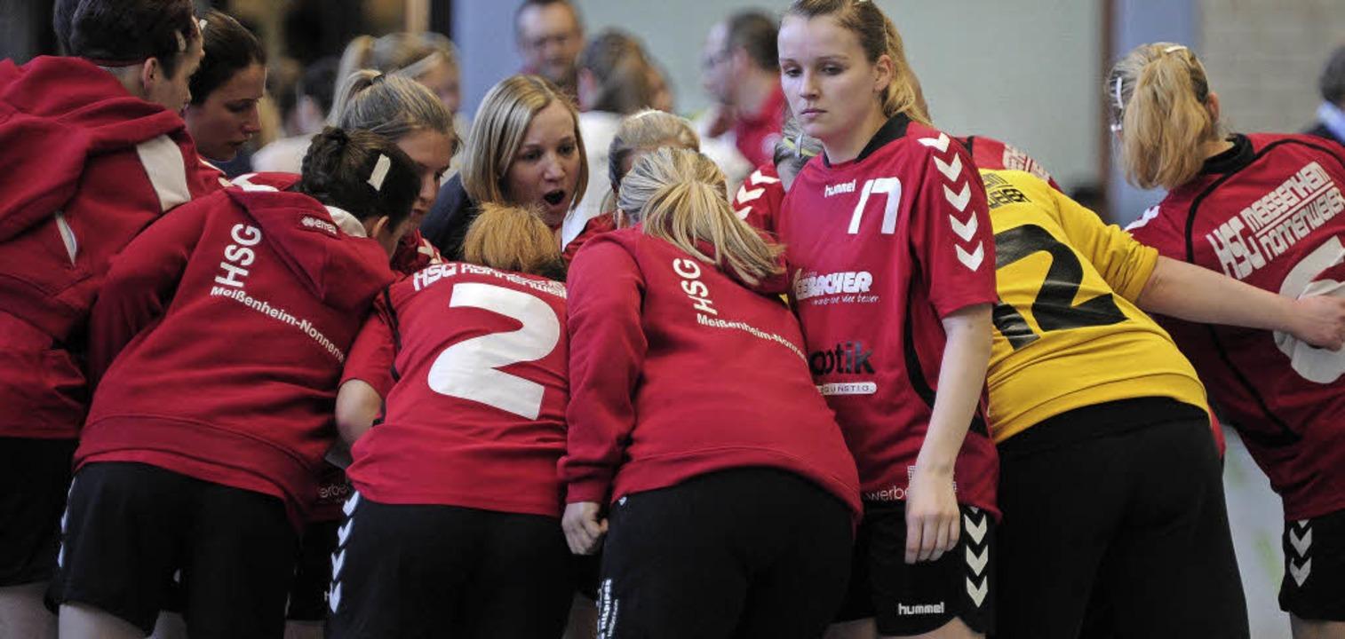 <BZ-FotoAnlauf>Landesliga Frauen: </BZ...stin Erb sicherte den knappen Erfolg.   | Foto:  Bettina Schaller