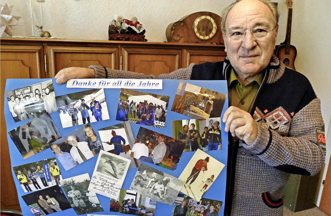 Werner Morath mit einem Plakat der Erinnerungen und des Danks     Foto: Annemarie Zwick/Skiclub Langenordnach