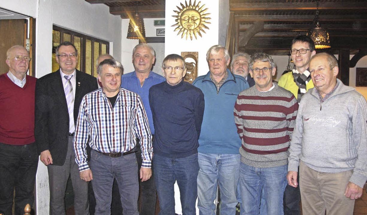 Von den 14 Aktiven der  Chorsänger sin... Volk, Thomas Bischof, Walter Wernet.     Foto: Helmut Häringer