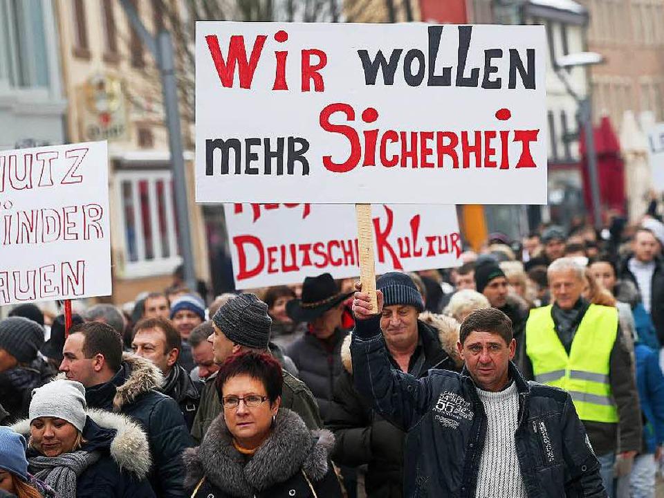 Russlanddeutsche demonstrierten in Villingen-Schwennigen.   | Foto: DPA