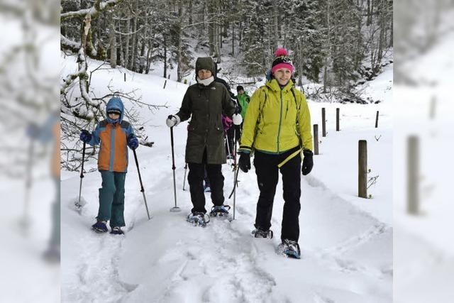 Familientour auf Schneeschuhen