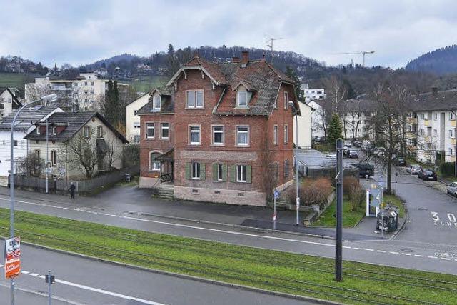 Markanter Klinkerbau an Merzhauser Straße wird abgerissen - dann soll ein Wohnhaus neu gebaut werden