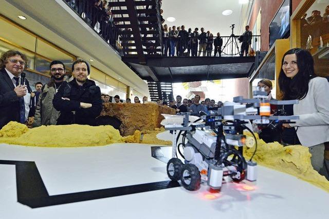 Erstsemester der Technischen Fakultät bauen Roboter