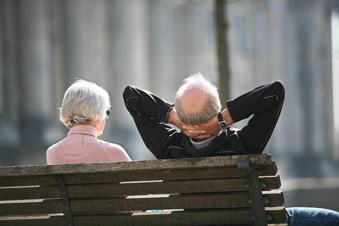 Ältere Mitbürger in ihren Anliegen unt...nftige  Laufenburger Stadtseniorenrat.  | Foto: dpa