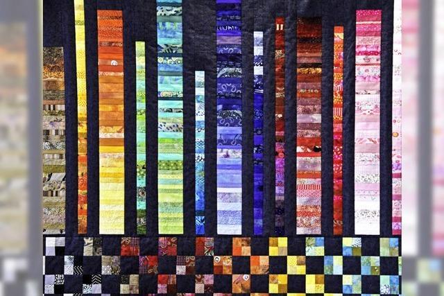 Angelika Werner zeigt Textilkunst im Schloss