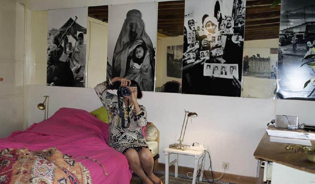 Ein fotografisches Lebenswerk an der W...ine Spengler in ihrer Pariser Wohnung   | Foto: faltin