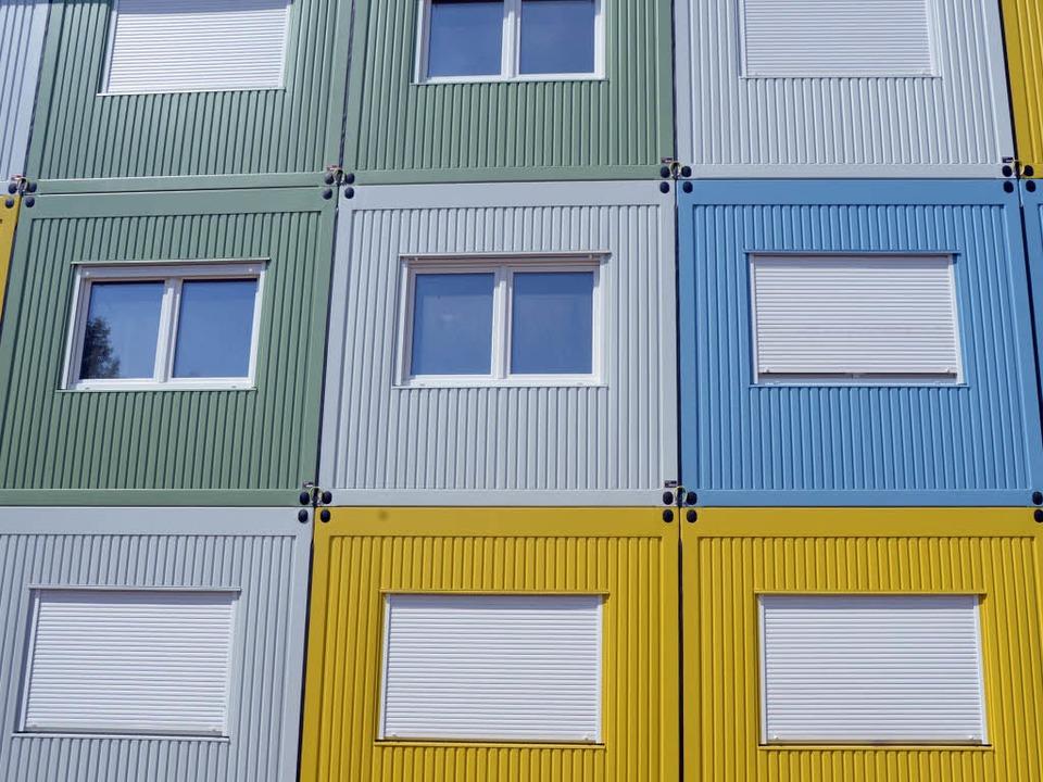 Wohncontainer für 150 Geflüchtete soll...ewitz aufgestellt werden (Symbolbild).  | Foto: dpa
