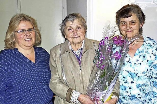 Landfrauen bienenfleißig in Oberried im Einsatz