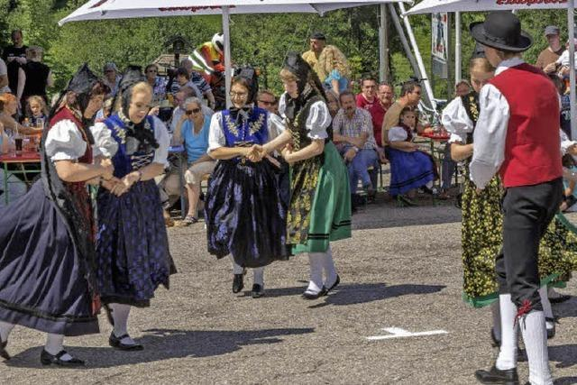 Mit der Schwarzwald Volkstanzgruppe Grafenhausen in Grafenhausen