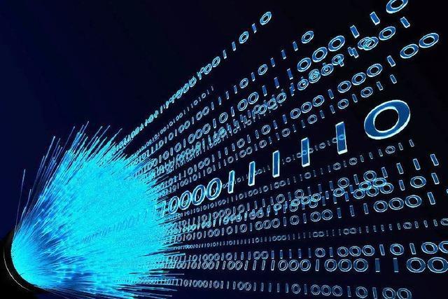 Schnelles Internet: Landkreis baut eigenes Glasfasernetz auf