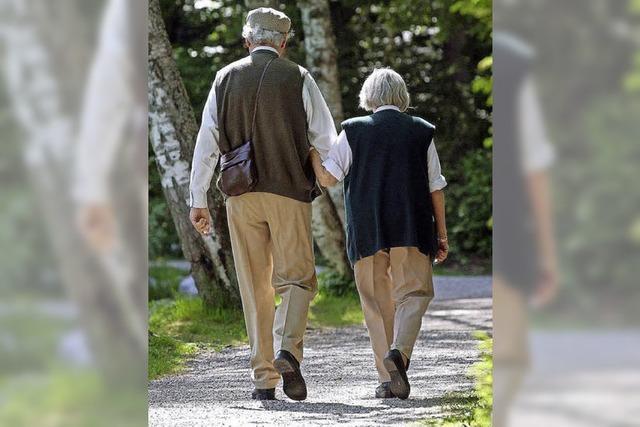 Ältere Menschen suchen häufiger im Internet nach Partnern