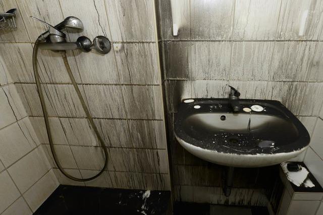 Brandstiftung im Hochhaus: Beschuldigter bestreitet Tat