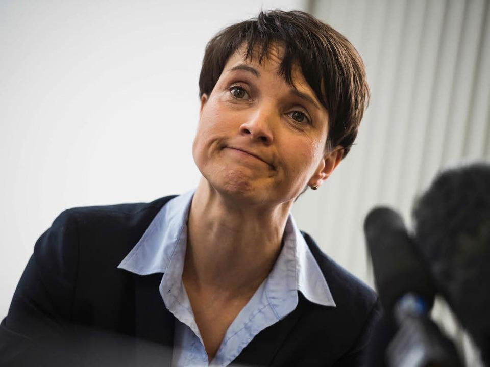 Frauke Petry ist in Breisach zur unerwünschten Person erklärt worden  | Foto: AFP