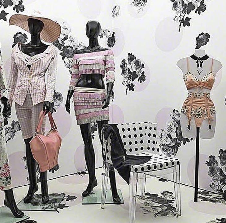 Lingeriedesign von Chantal Thomass wir... Ausstellung mit einem Augenzwinkern.   | Foto: Musée de L'Impression sur Etoffes