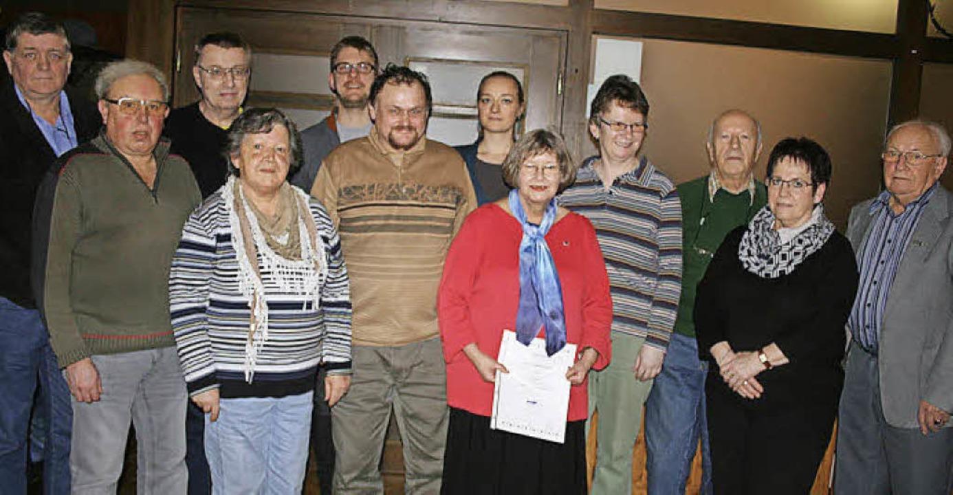 VdK-Geehrte und gewählte Mitglieder (v...tin und Heinz Grether. Foto: Ines Bode  | Foto: Ines Bode