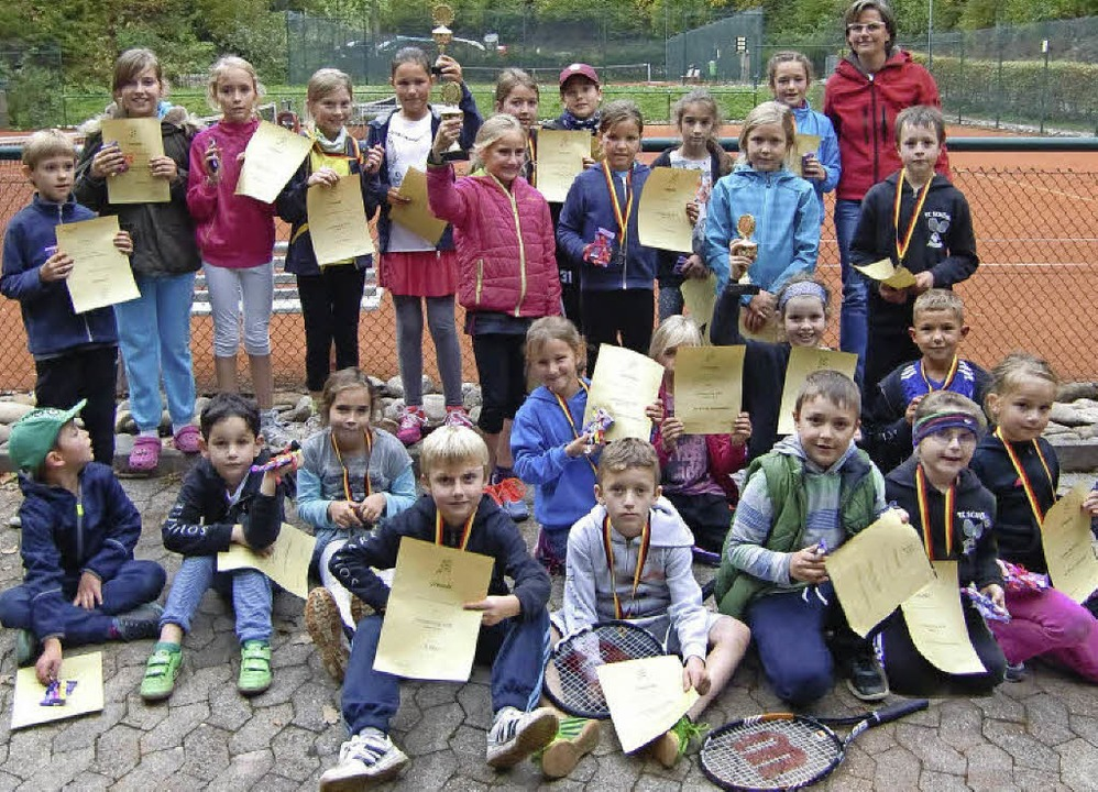 Zu Höchstleistungen angespornt: der Tennisnachwuchs   | Foto: zvg