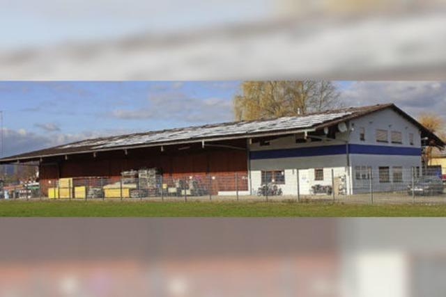Flüchtlingsheim im Raiffeisen-Lager?