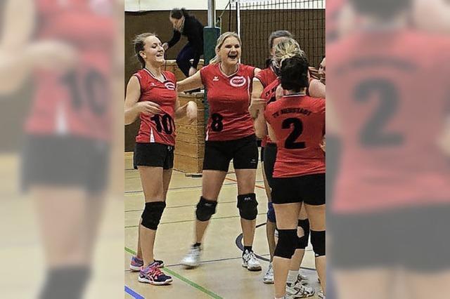 Neustadts Volleyballerinnen ertrotzen zweiten Saisonsieg