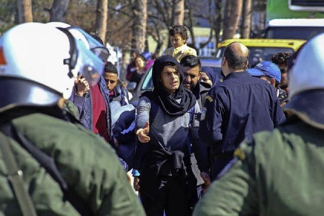 Die Lage der gestrandeten Flüchtlinge verschärft sich weiter