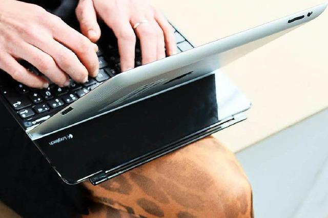 Wie kann ein überhitzter Laptop-Akku Feuer fangen?
