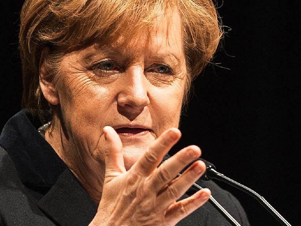 Bundeskanzlerin Angela Merkel kommt am...uar eine Rede im Konzerthaus gehalten.  | Foto: dpa