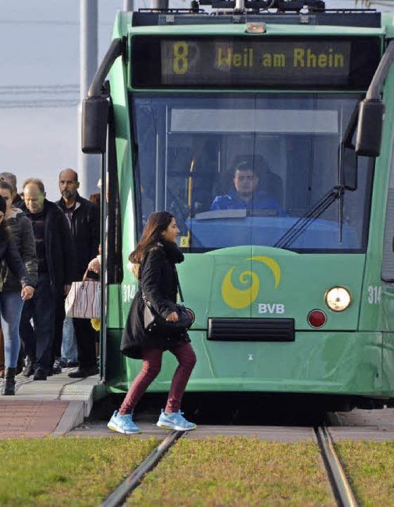 Die neue Tramverbindung nach Basel wir...nnoch gibt es Optimierungsvorschläge.     Foto: Fillisch