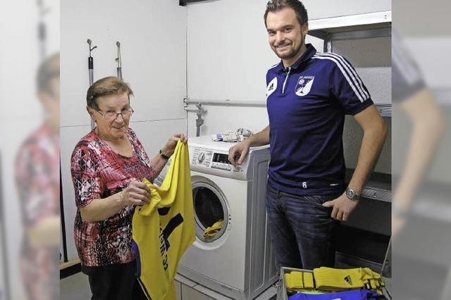 Sauberfrau des FC Weizen