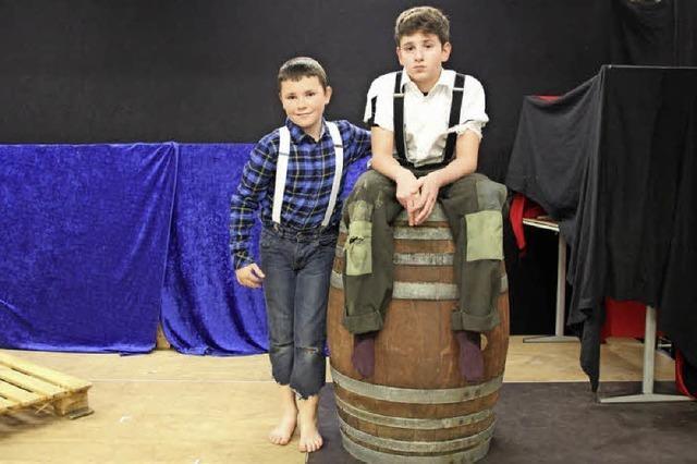 Tom Sawyer und Huckleberry Finn in Landwasser