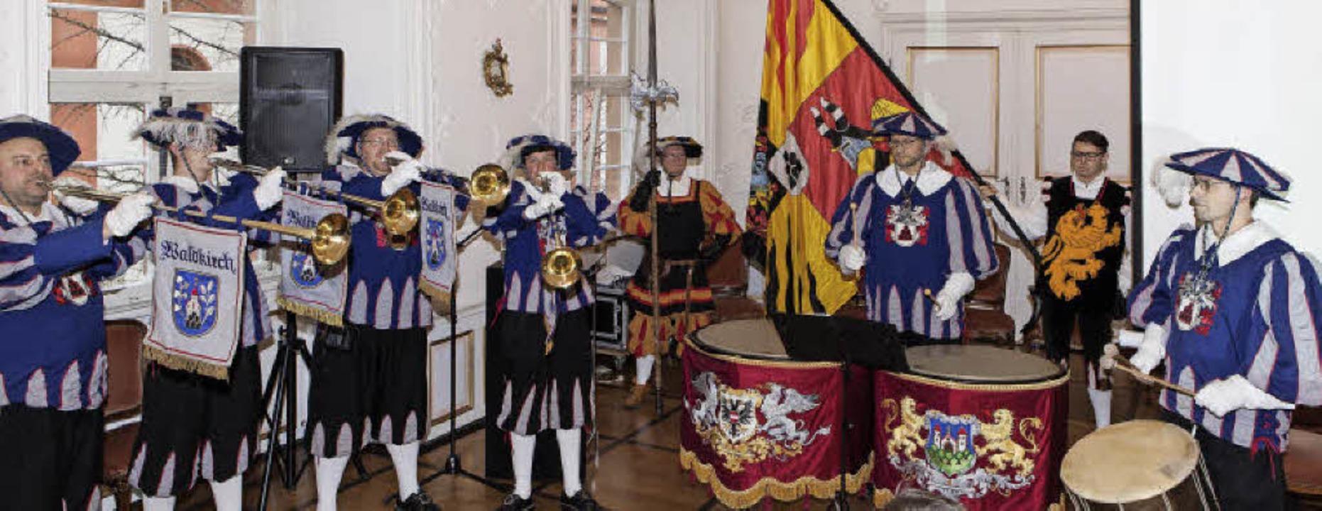 Das Buccinenquartett des Fanfarenzugs ...aldkircher Stadtkatasters musikalisch.  | Foto: Photographer: Gabriele Zahn