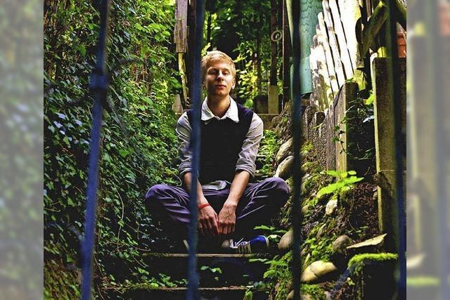 Lukas Herbertson stellt Debutalbum
