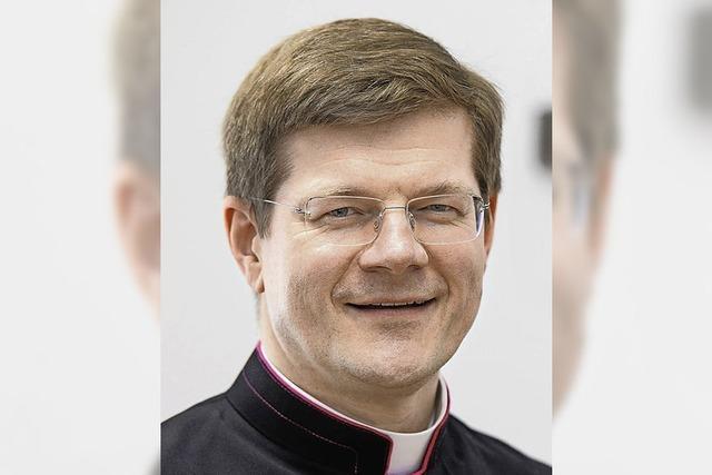 Erzbischof Burger kommt