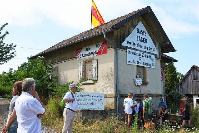 Bürgerinitiative kündigt Widerstand bei Räumung des Auggener Bahnwärterhäuschens an