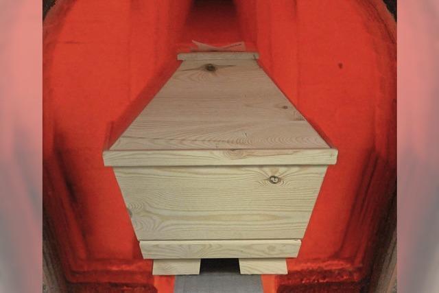 Wer die Kosten für die Bestattung trägt