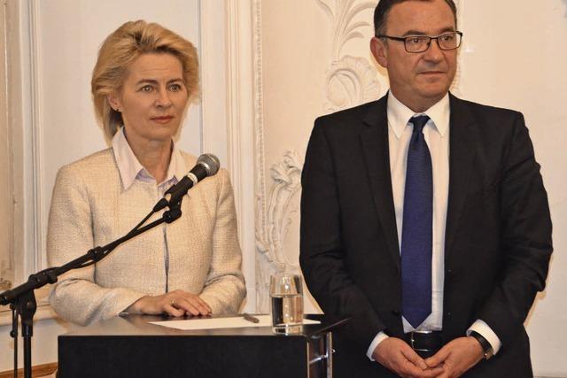 Von der Leyen im Elztal: Wenn die Weltlage den Landtagswahlkampf durchrüttelt