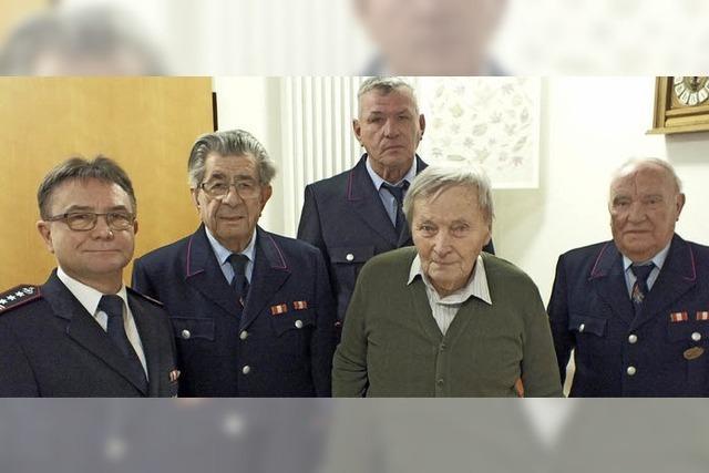 Seit 65 Jahren Feuerwehrmann