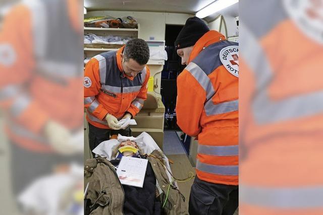 Schnelle Erstversorgung bei großen Unfällen am Kaiserstuhl