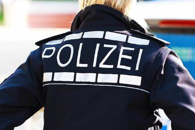 Festgenommener Laden- und Taschendieb beklaut Polizistin