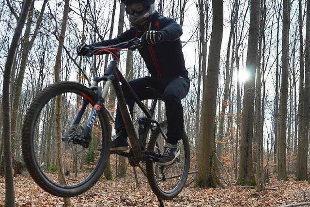 Warum junge Mountainbiker aus Gundelfingen eine illegale Strecke gebaut haben