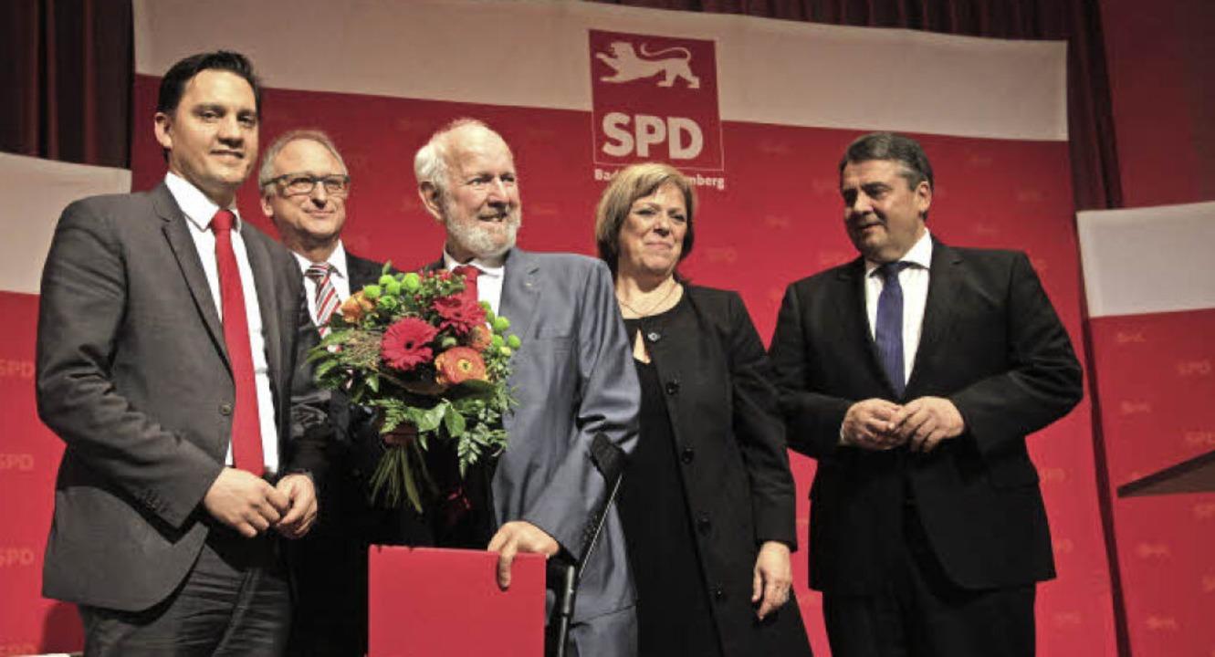 Sigmar Gabriel ehrte Ernst-Ulrich von Weizsäcker in der Steinhalle  | Foto: Patrik Müller