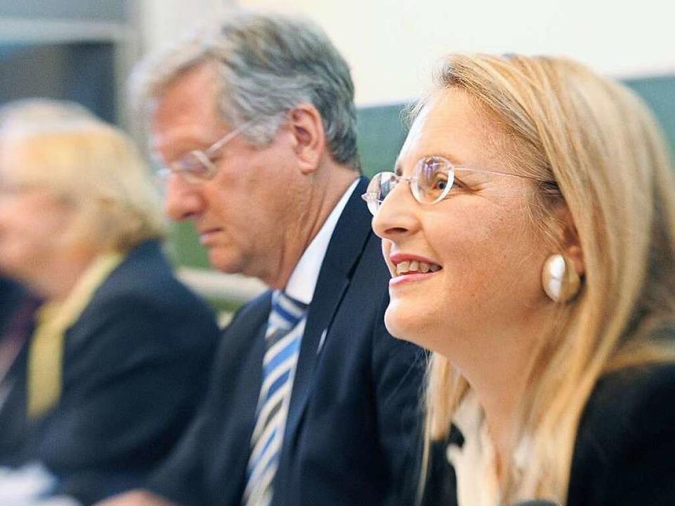 Haben sich nicht mehr viel zu sagen: K...li und Uni-Rektor Hans-Jochen Schiewer  | Foto: dpa