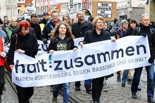 Freiburg demonstriert gegen Rassismus und Gewalt